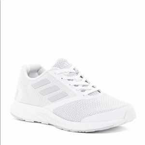 Adidas Mana Racer Sneakers in White- Size 8.5